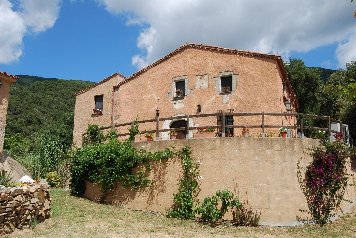 Country house  Can castellar