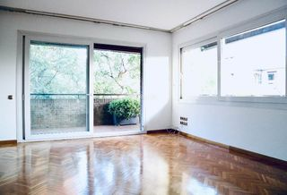 Rent Flat in Pedralbes. Trias i giró (pedralbes, les corts)