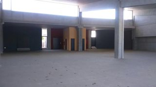 Nave industrial en Carrer torrent vallmajor, 50. A estrenar