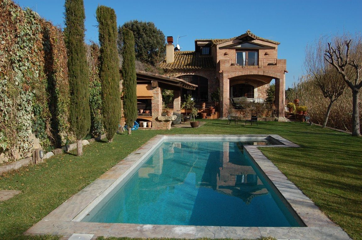 Country house in Llofriu. Oportunidad