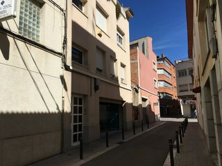 Rent Loft in Carrer migdia, 6. Ideal para single o pareja