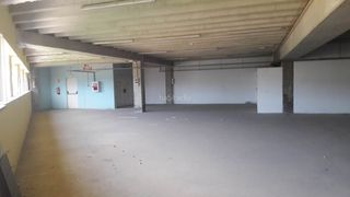 Rent Industrial building in Bon Pastor