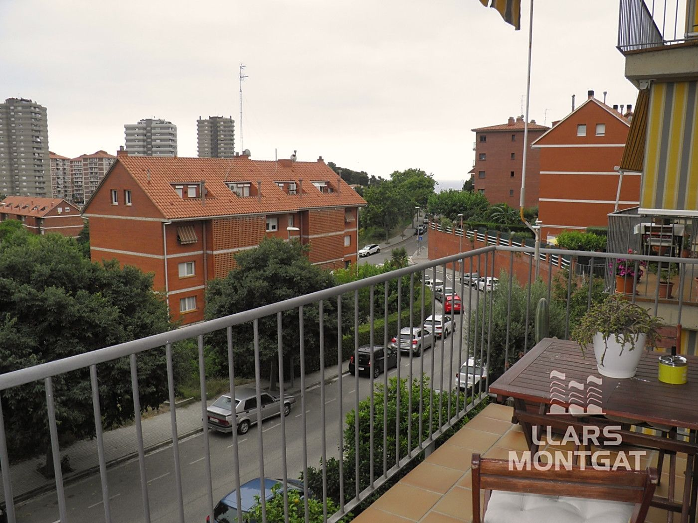 Piso  Avinguda vilares (de les). Impecable piso 3hab. parking