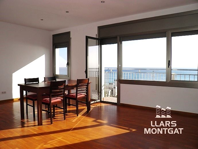 Location Appartement  Carrer camí ral. Espectaculares vistas al mar
