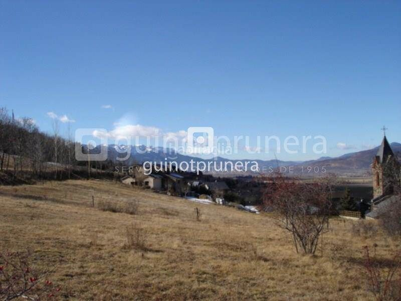 Residential Plot in Fontanals de Cerdanya. Parcela para construir