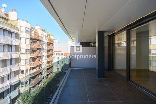 Piso en Eixample Nord. Exclusivas viviendas de alto standing de 3 y 4 dormitorios con t