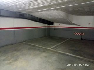 Parking voiture  Carrer sant sebastia. Centre