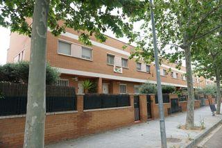 Casa a schiera  Carrer frederica montseny. Casa unifamiliar de 220 metros cuadrados, más 92 m2 de jardín. s