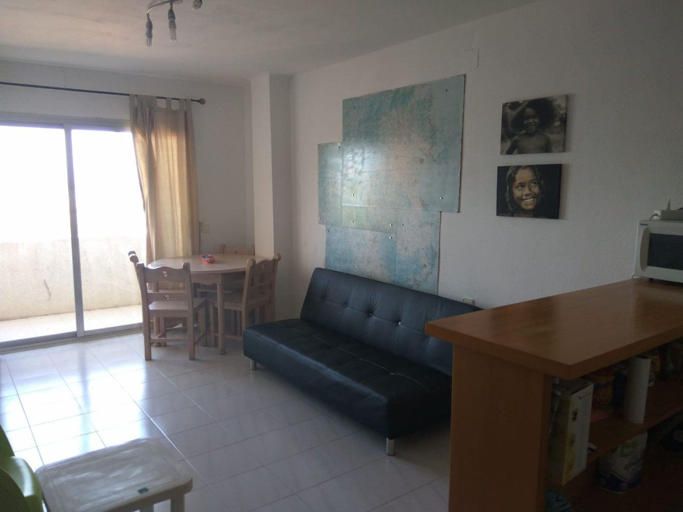 Location Appartement  Carrer muga-delta. Apartamento amueblado