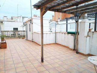 Rent House in Carrer doctor santponç, 61. Amueblada con terraza