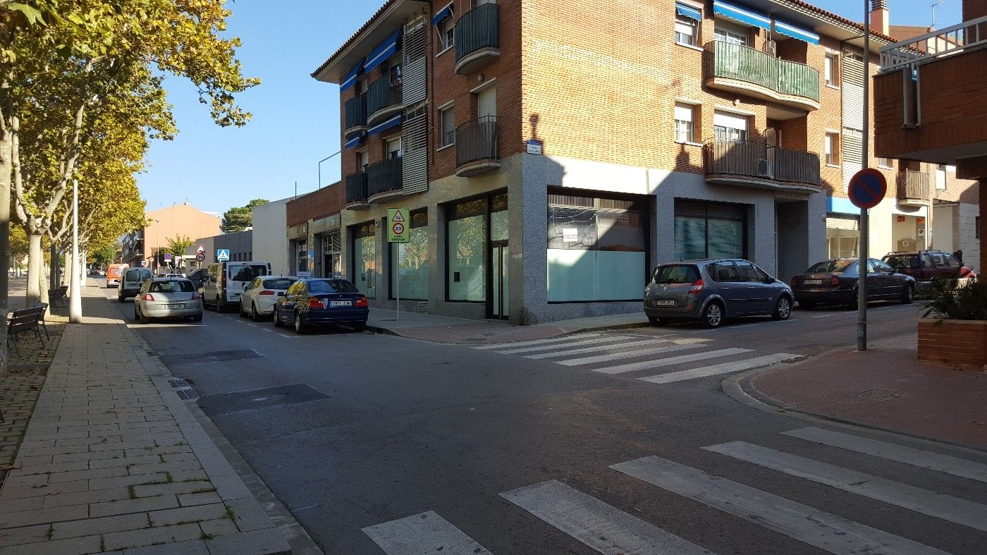 Rent Business premise in Carretera ribes, 57. Ampli local a les franqueses
