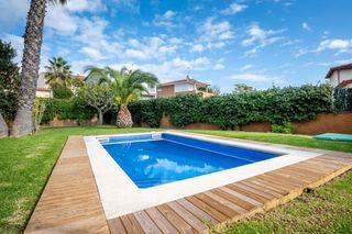 Casa en Castell d´Aro. Casa rustica con piscina