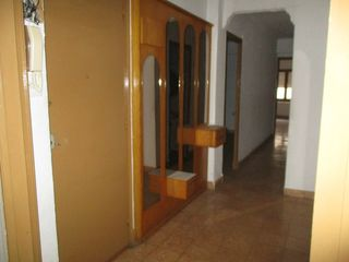 Semi detached house in Calle sant roc, 11. Ideal inversores