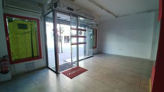Lloguer Local Comercial en Carrer miranda (la), 66. Local de 120m² impresionante