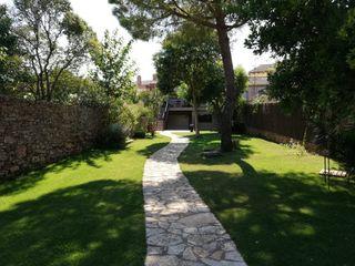Maison  Zona residencial. Impecable con jardín