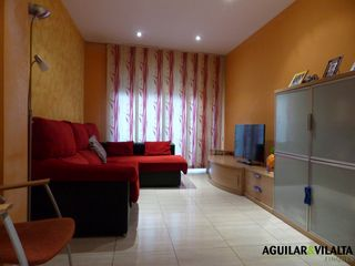 Flat  Carrer cantabria. Piso con parking