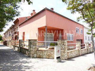 Casa in Franqueses del Vallès (Les). Casa a 3 vientos