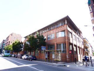 Affitto Ufficio in Centre. Oficinas en alquiler