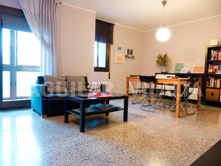 Appartamento in Canovelles. Piso céntrico