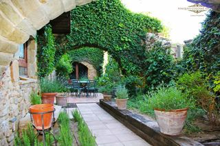 Casa  Carrer sant josep. A place to inspire you
