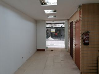 Lloguer Local Comercial en Carrer nou, 13. Precios local