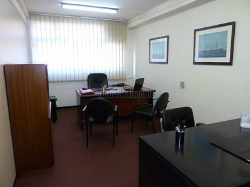 Rent Office space in Avinguda meridiana,308. Despacho en alquiler
