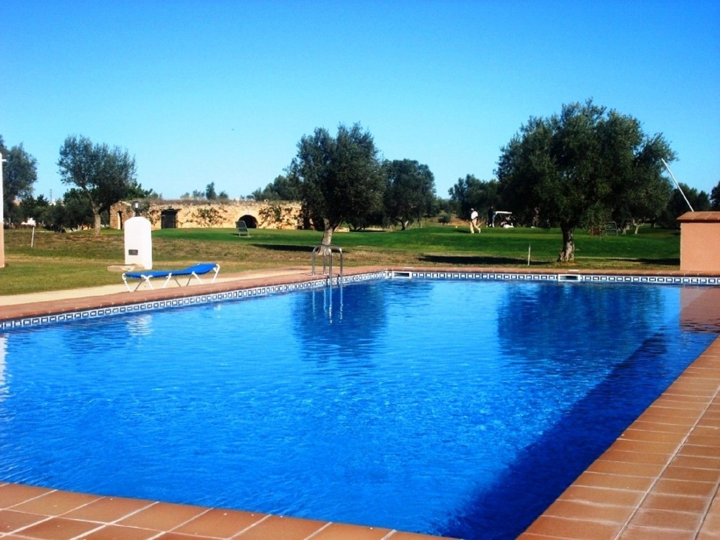 Rent Ground floor in Calle madrid,63. Apartamento a 1ªlínea campo golf panoramica
