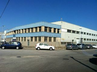 Bâtiment à usage industriel à Carrer torrent d´en boba,6. Venta o alquiler