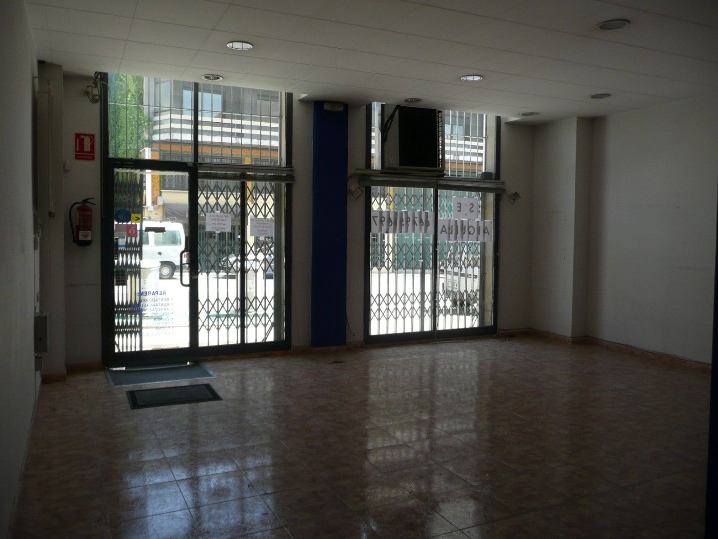 Rent Business premise in Avinguda francesc macia, 121. Local 290 m2
