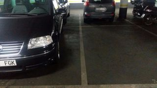 Parking coche en Carrer jose agustin goytisolo, 25. Parking eixample