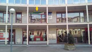 Locale commerciale in Plaça mig, del, 2. Local centrico