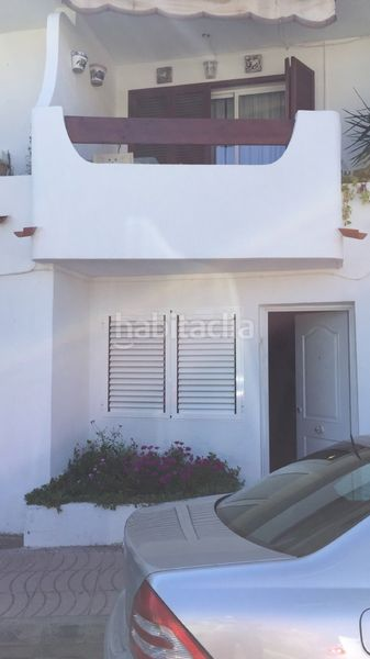 bungalow 4 plantas. Semi detached house in avda. neptuno 25 in Pobla de Farnals (la)