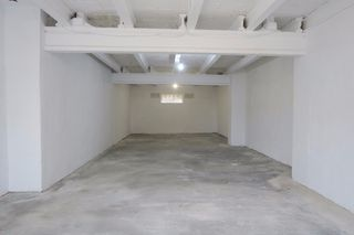 Rent Warehouse in C-37, 1. Trastero / nave en alquiler