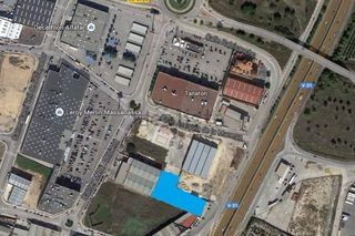 Rent Industrial plot in Av. la pista,. Alquiler de terreno cerca de mn4
