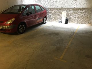 Location Parking voiture à Carrer miramar, 6. De nueva contruccion