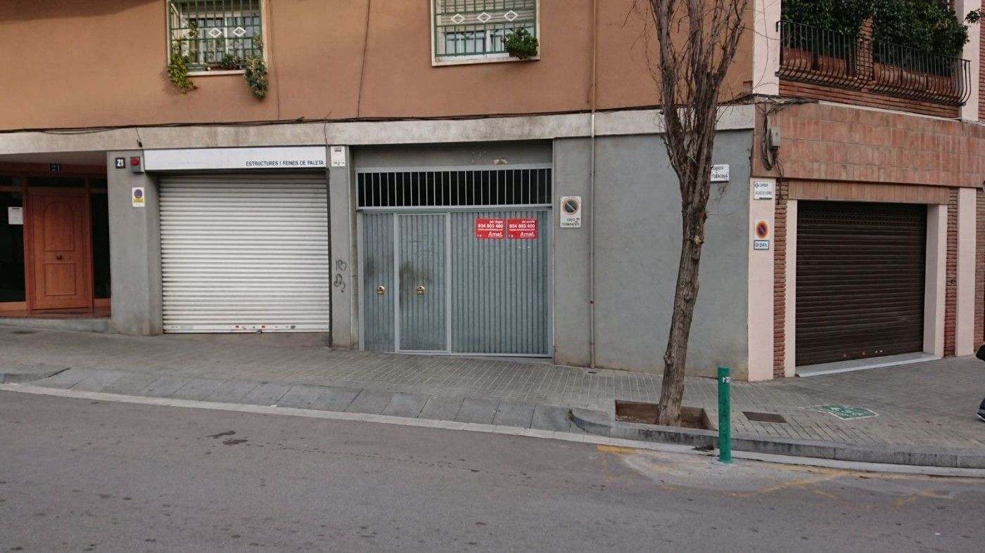 Parking coche en Carrer tudona, 21. Plaza de parking en sant just