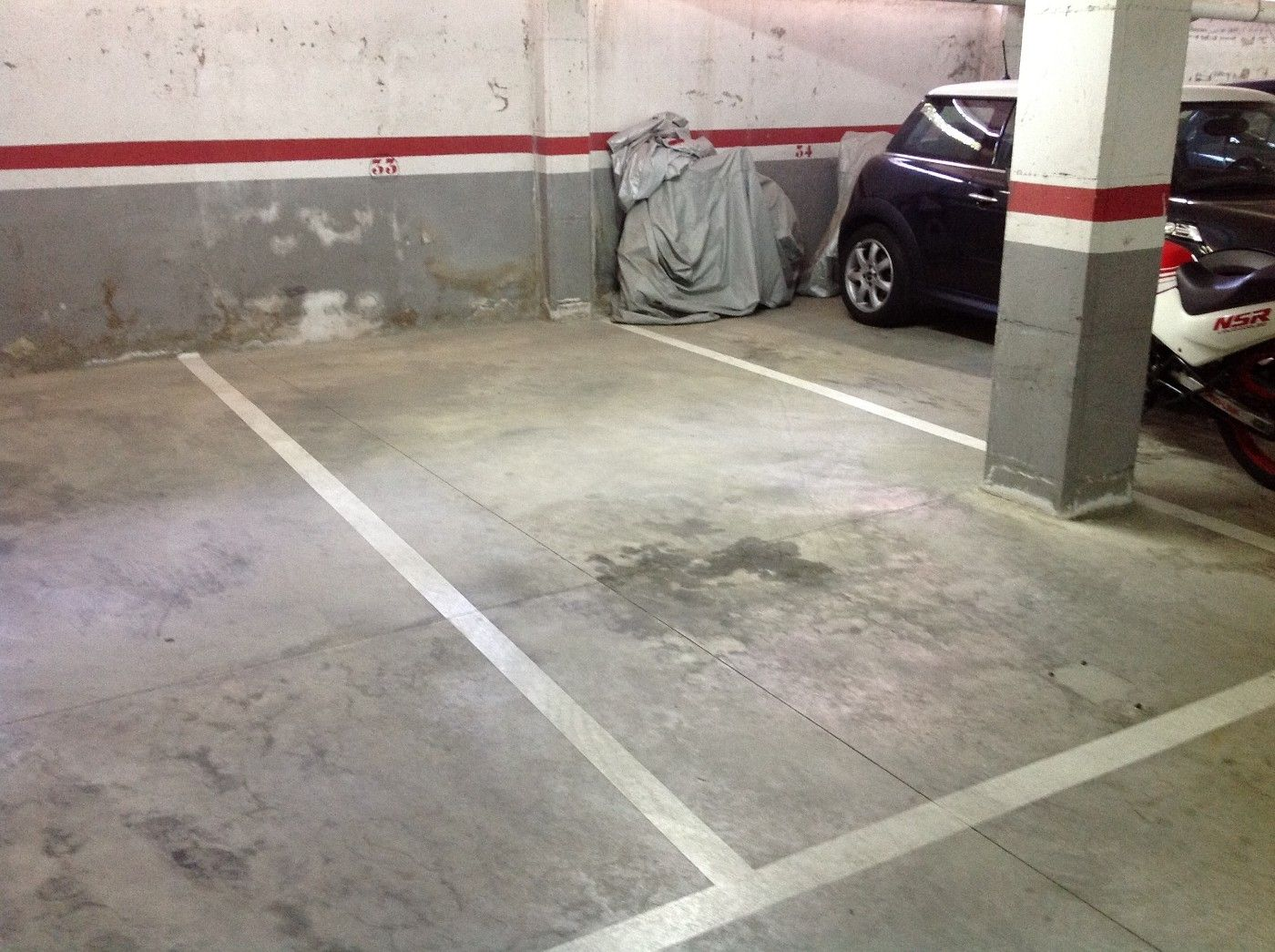 Car parking in Riera de caldes, 76. Plaza de garaje