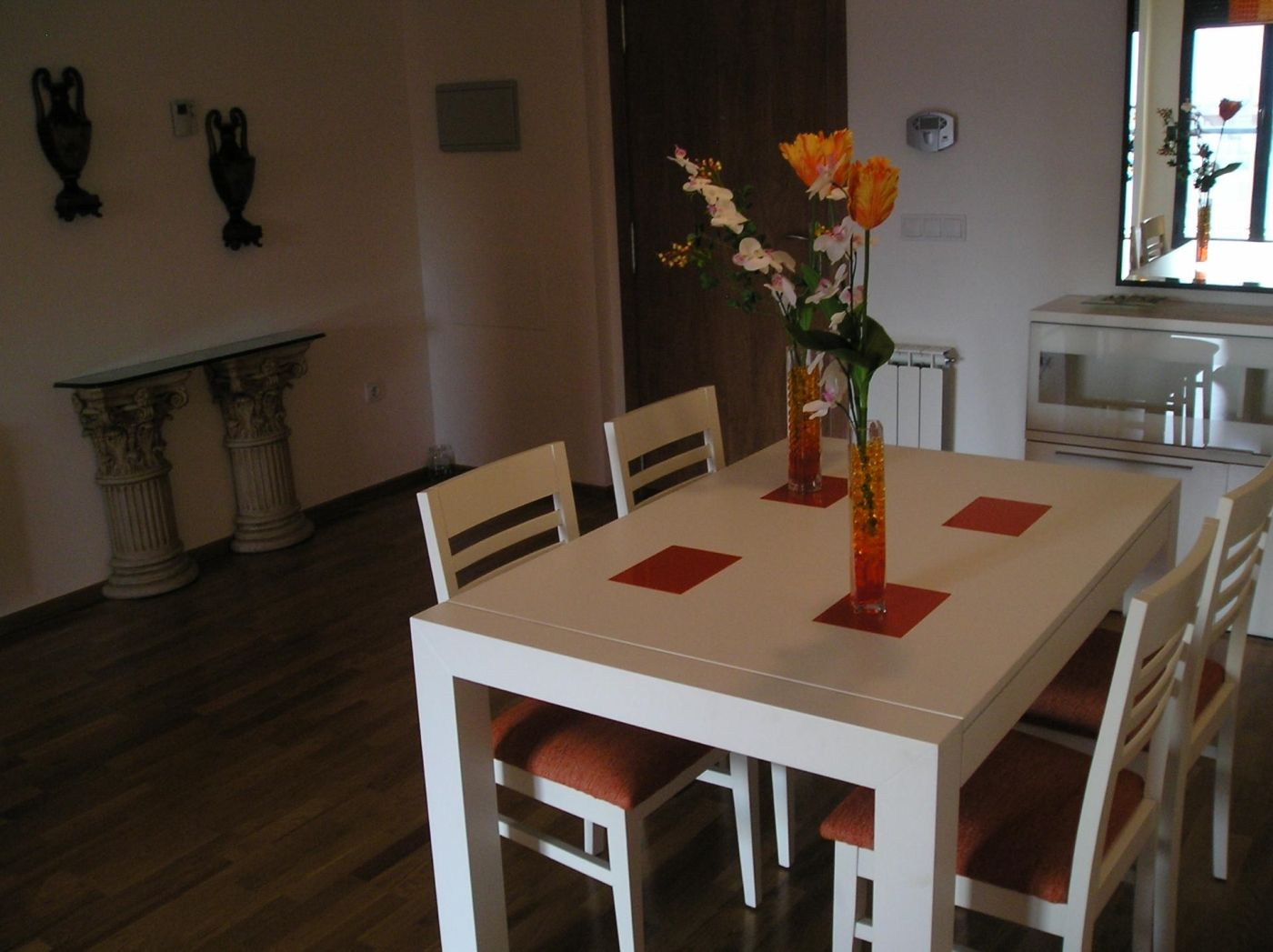 Location Appartement à Calle joan monleón bennacer, 46760, 4. Completamente amueblado