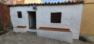 Casa en venta en Villatoro. Casa acogedora. Casas