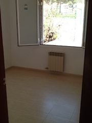 Rent Towny house in Carrer molist, s/n. Gracia , davant tennis la salut