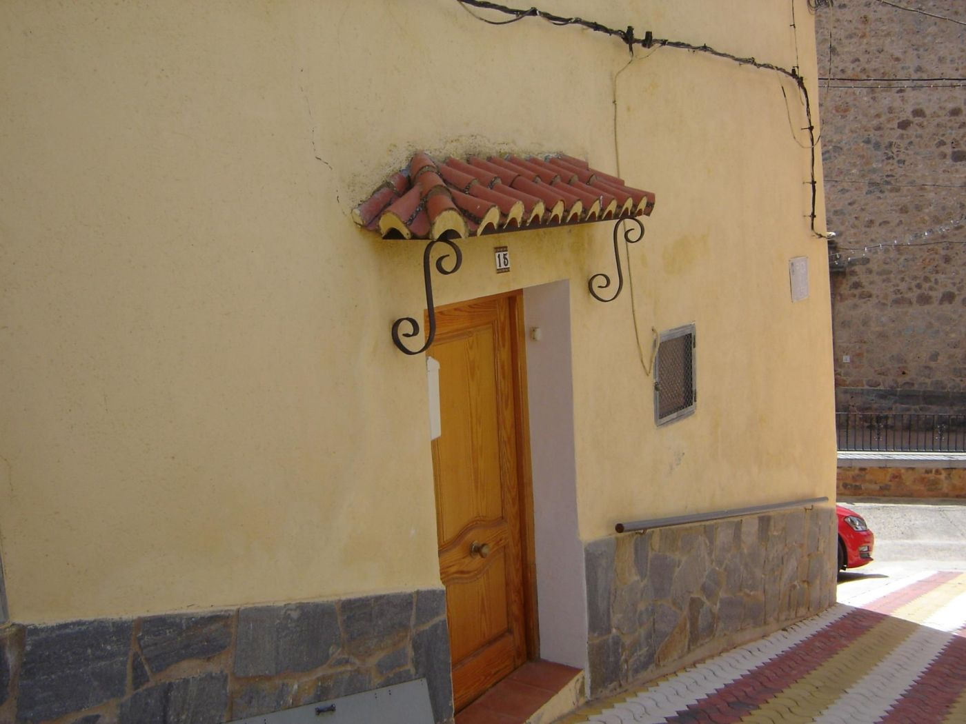 Semi detached house in Plaza la iglesia, 15. Matet / plaza la iglesia