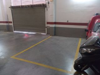 Car parking in Calle almansa, 3. Plaza de garaje junto al ceu