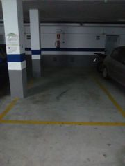 Location Parking voiture à Plaza maria zambrano, 4. Plaza de garaje