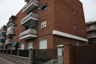 Planta baja en alquiler en Madrid, Concepción. Dis