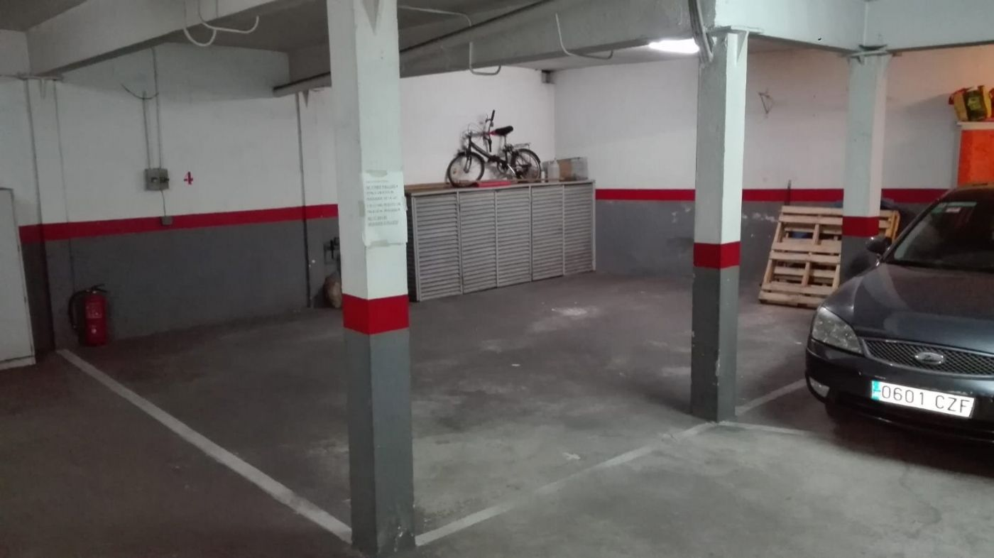 Car parking in Carrer rosella, 37. Plaza aparcamiento montgat