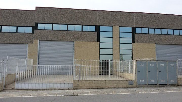 Rent Industrial building in Foradada, 12. Nave industrial pol. ind.laverno subirats alquiler