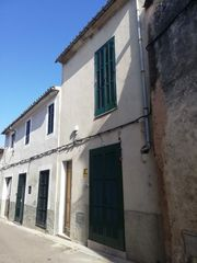 Semi detached house in Carrer del bous, 5. Sineu / carrer del bous