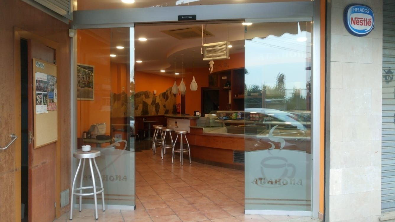 Other business in Ronda bellesguard, sn. Panaderia/cafeteria