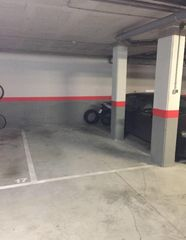 Rent Car parking in Carrer agricultura, 9. Parking venta castelldefels