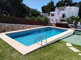 Haus in Carrer barcelo, d, 1. Reduced! beach & town centre 4 bed private pool